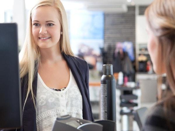 salon assistant jobs